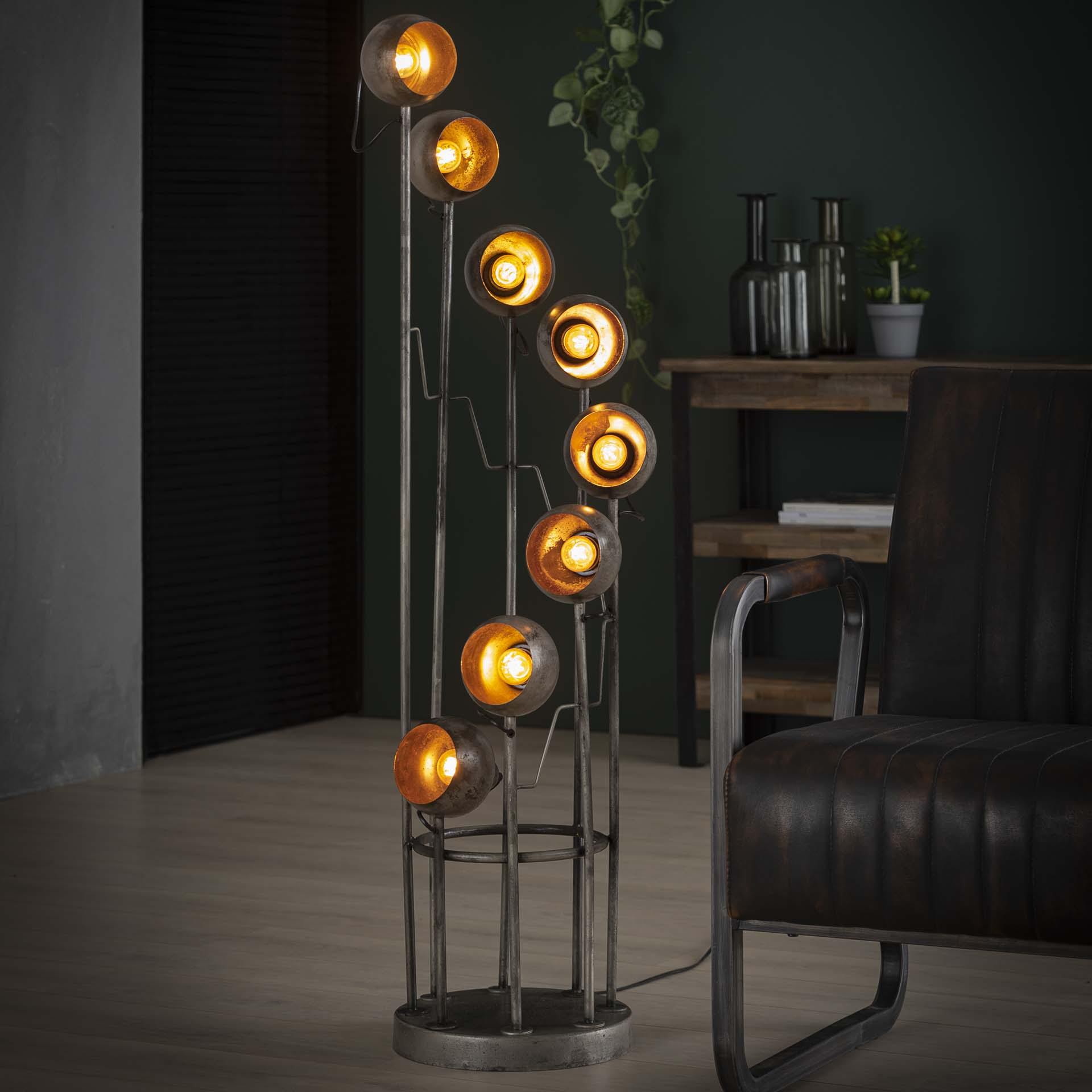 Stehlampe - Vintage - Eight Lights